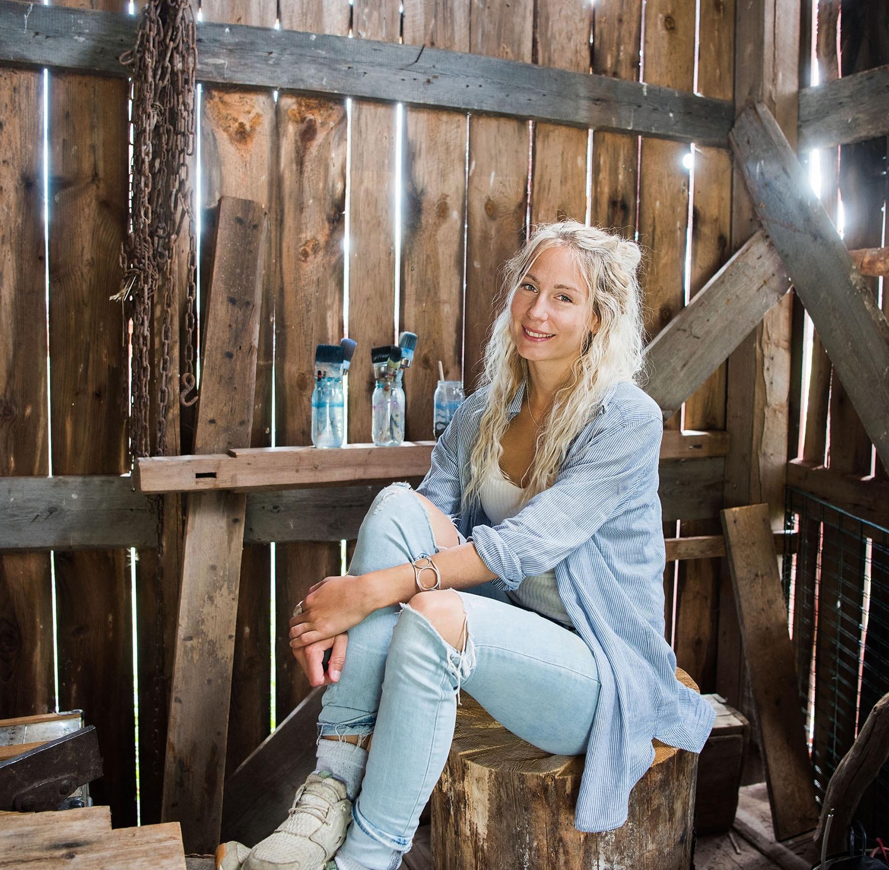 Jonna Jinton aktuell med en tapetkollektion  Northern Wilderness