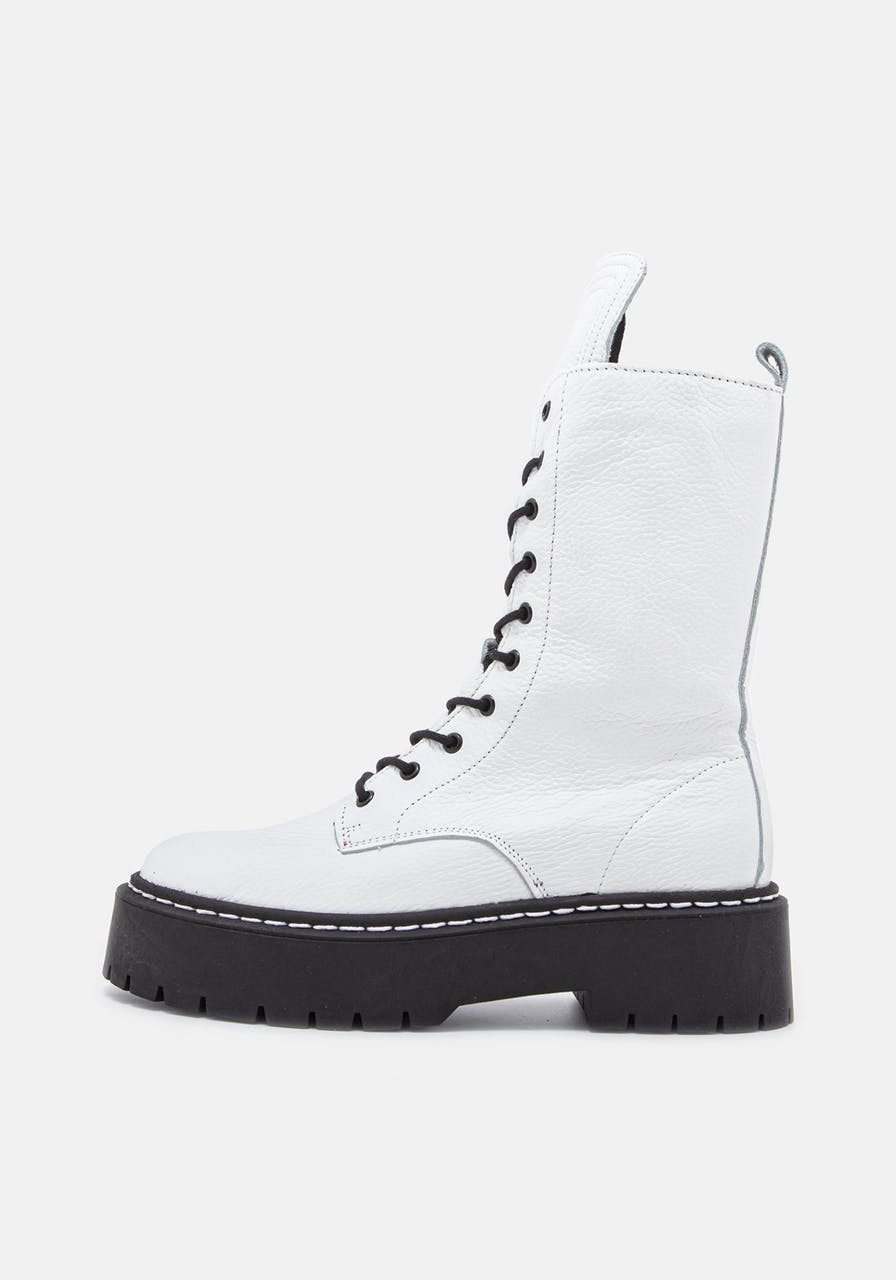 ROSA STERN Diana Boot white/black