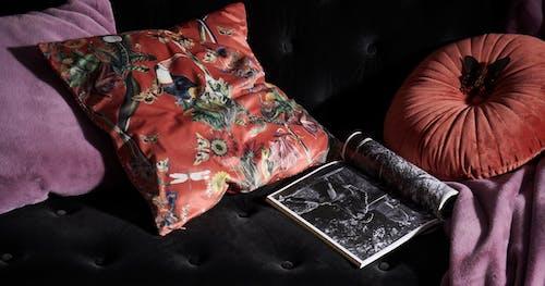 ESSENZA Accessoires Zierkissen und Plaid aus Kunstfell und Samt