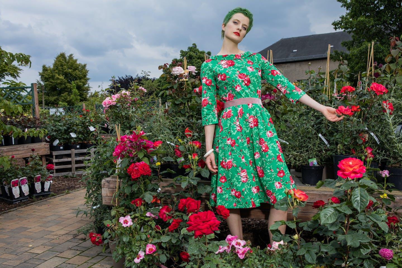 Sommerkleid gärtchen eden springtime soul mit Rosenprint