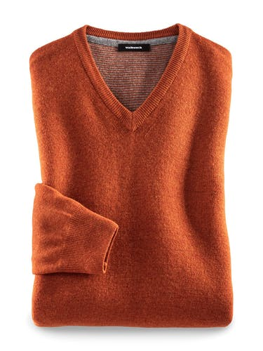 ullover mit V-Ausschnitt in Orange.