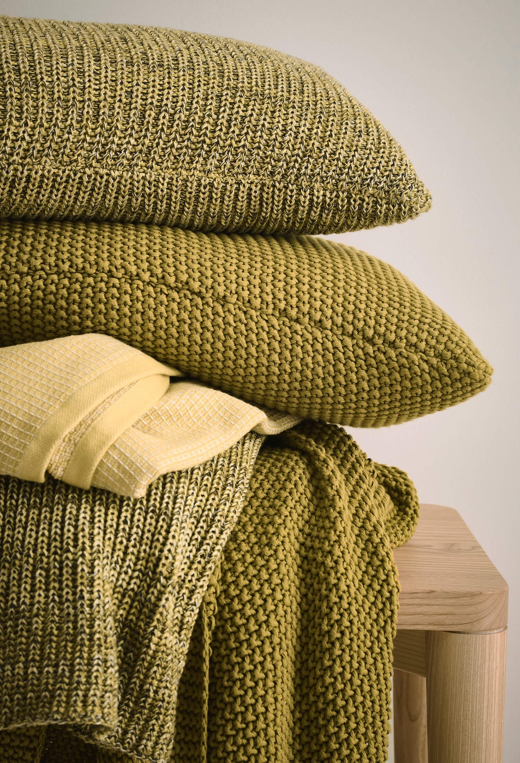 MARC O'POLO Cushions