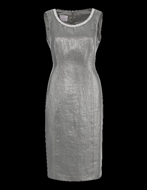 Ärmelloses Etui-Kleid aus beschichtetem Leinen