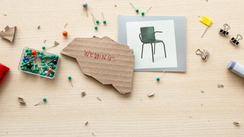 Das perfekte Möbelstück für den  Wedding Bewohner: Glyph Aluminium Stuhl mit Armlehnen