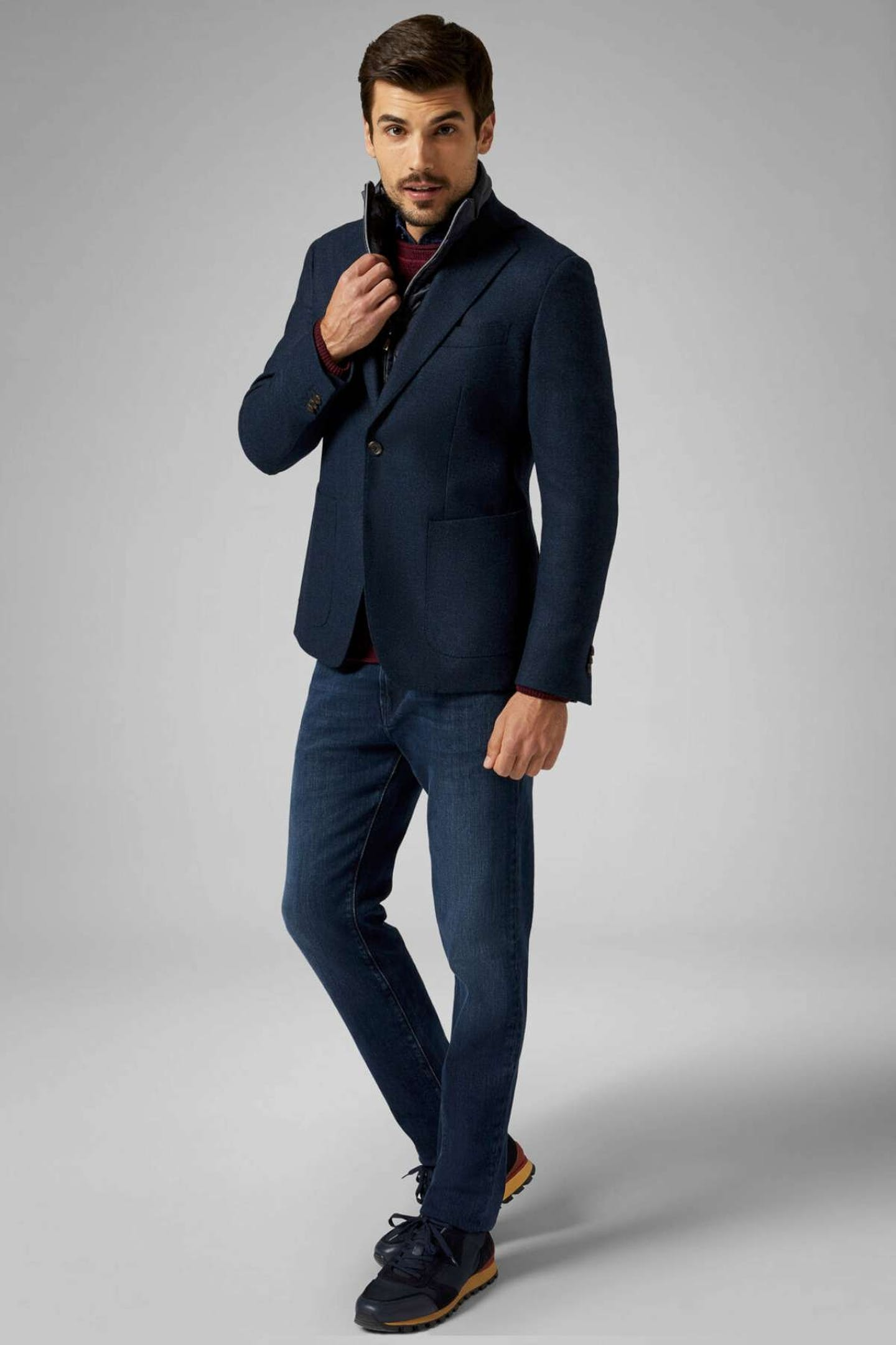 come abbinare jeans uomo con giacca navy Boggi Milano