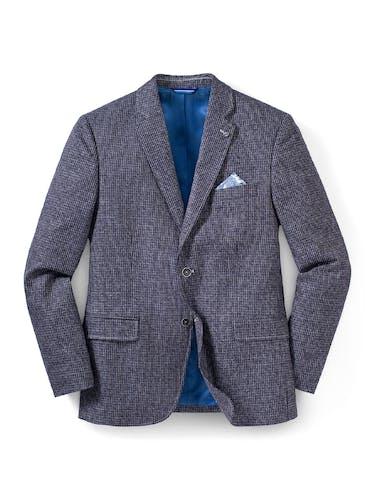 Graues Sakko mit blauem Innenfutter, zwei Taschen und einer Brusttasche mit Einstecktuch.