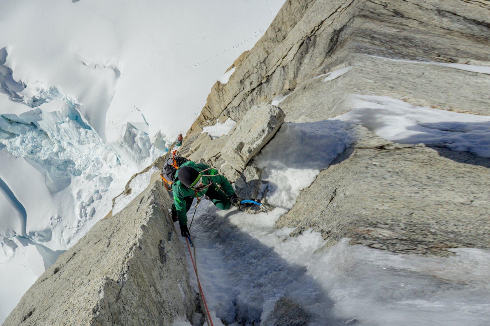 Karpos abbigliamento arrampicata