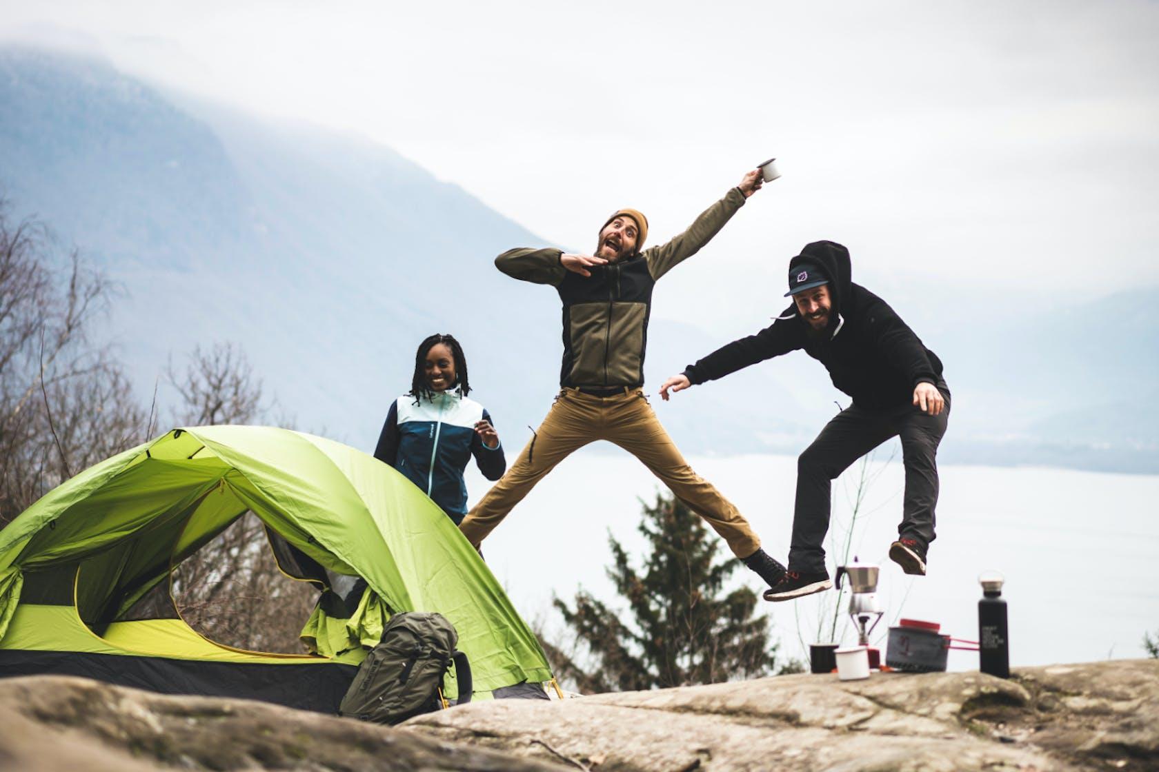 Attrezzatura da trekking per tour di più giorni