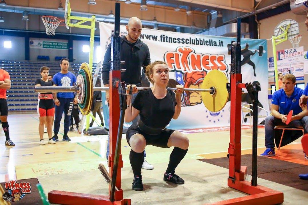 Arianna beim Gewichtheben