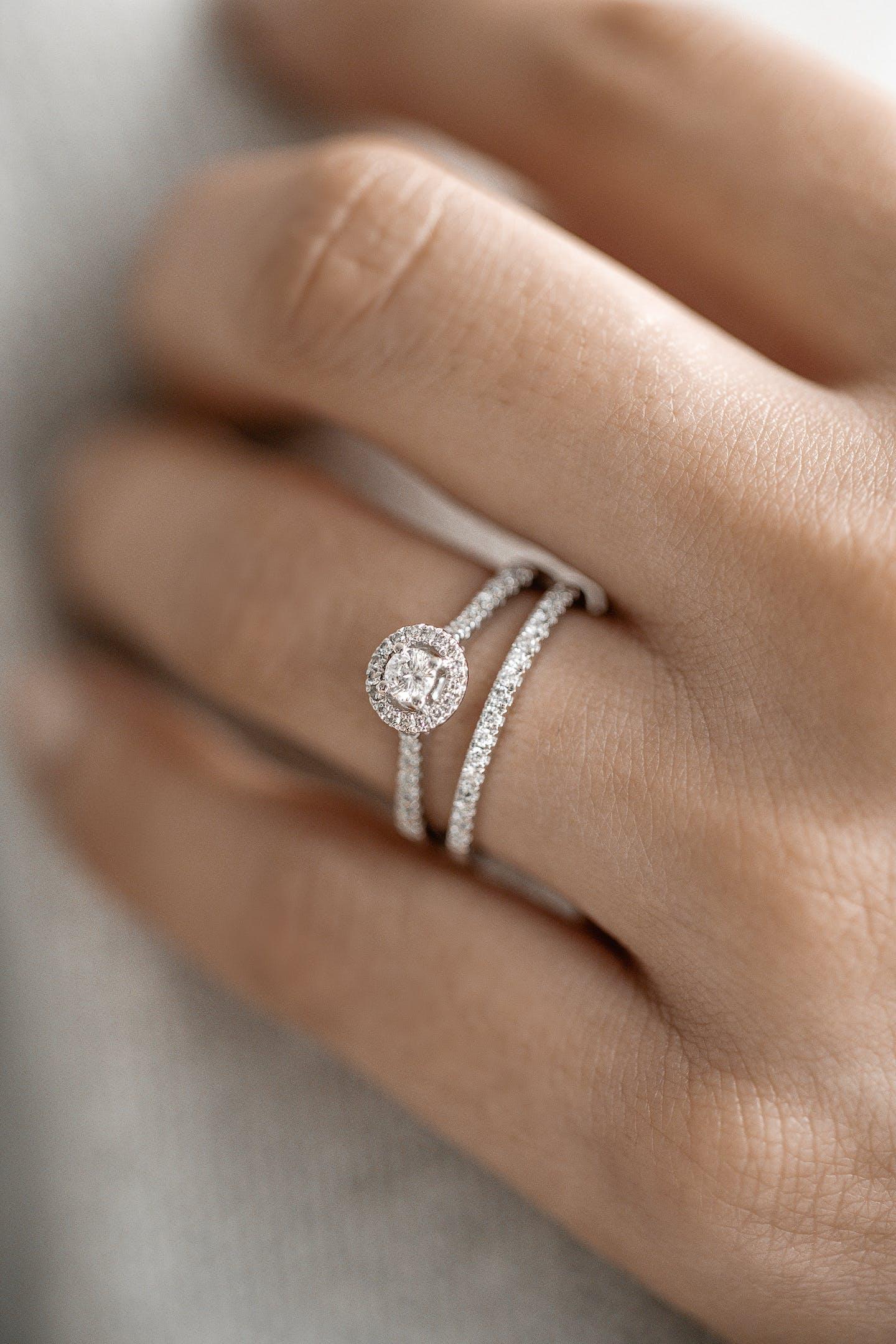 Bagues star CLEOR - Bijouterie en ligne solitaires or et diamant