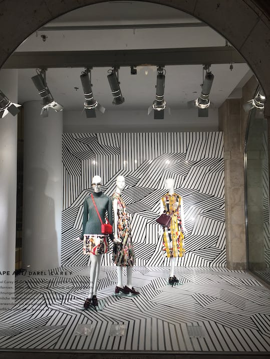 Burberry, Lodenfrey, Darel Carey, Tape Art, Munich
