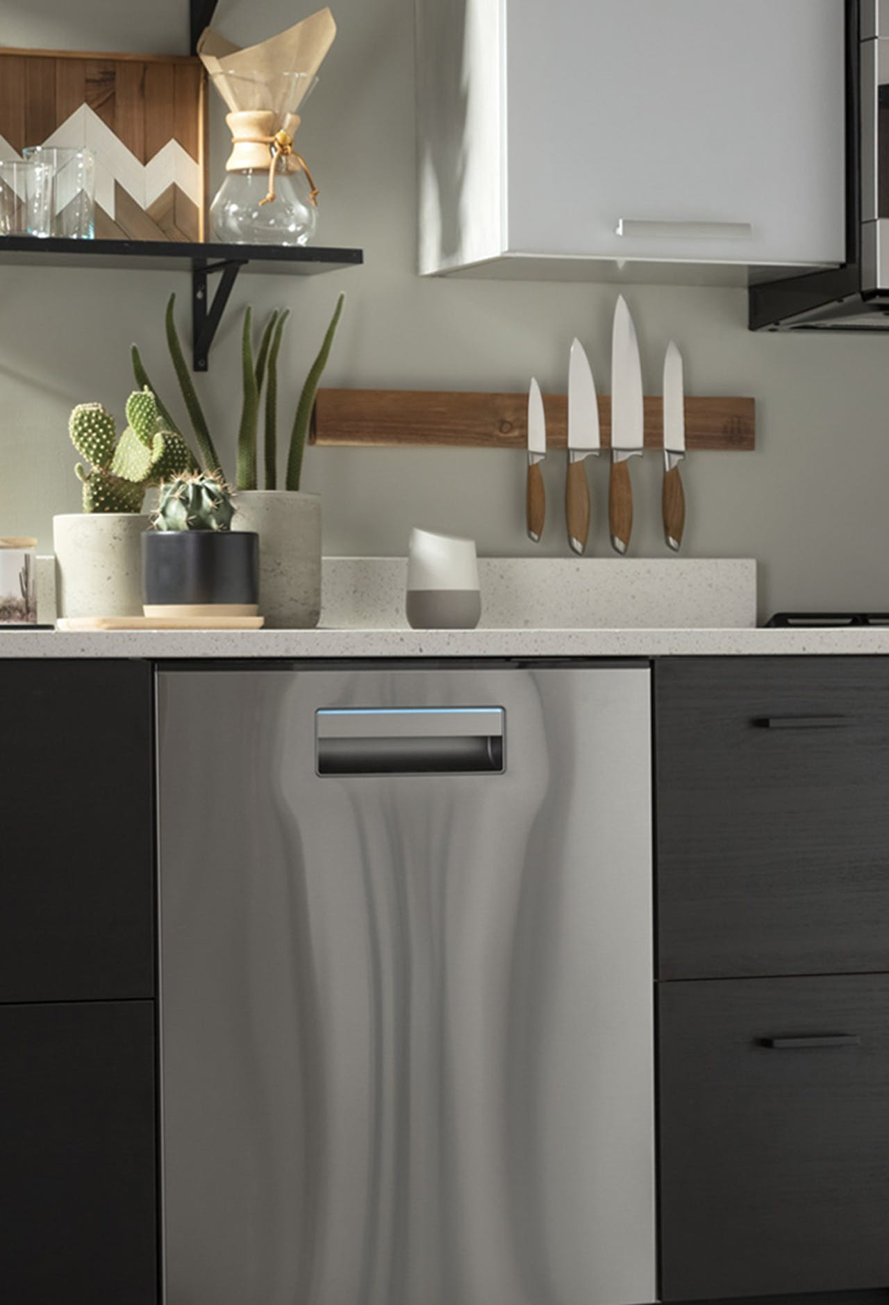 Haier Smart dishwasher in kitchen