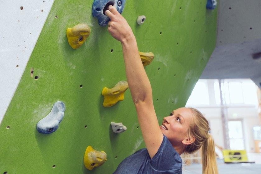 Der lange Arm beim Bouldern
