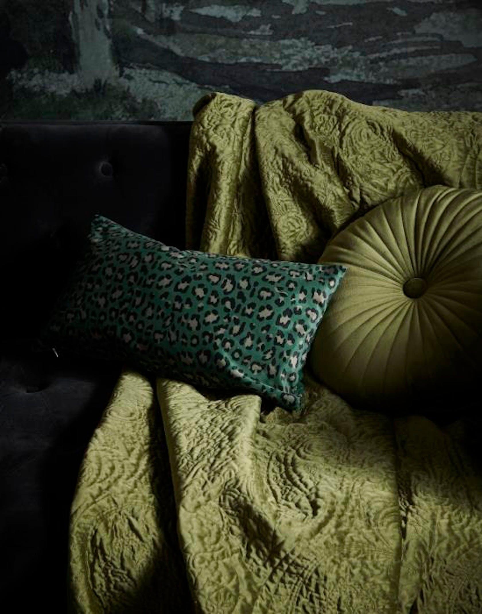 ESSENZA Bory Cushion Green