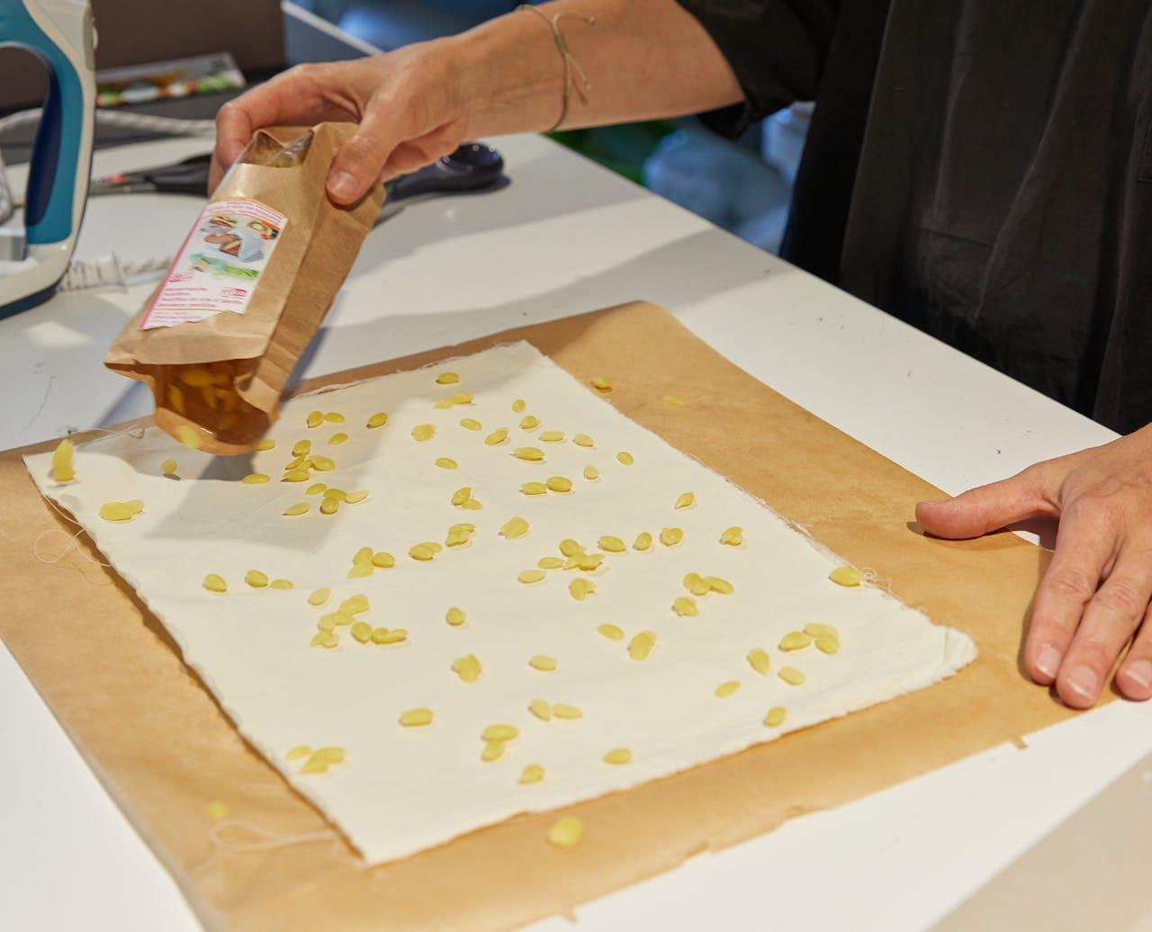 Ferien zuhause: Idee 10, Bienenwachstücher selbermachen