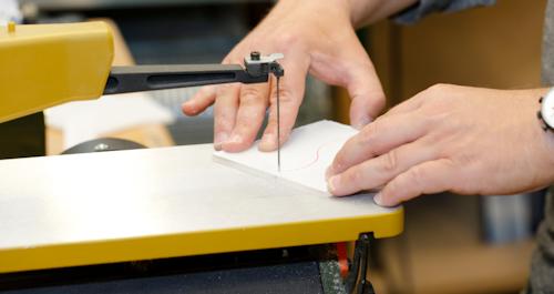 Gewusst wie: Acrylglas und PLEXIGLAS ® schneiden