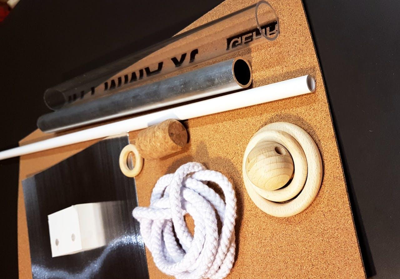 DIY Kette im Bauhaus Stil: Materialien, die Du brauchst