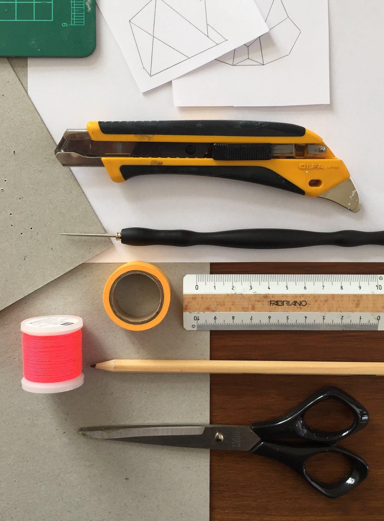 Moduloris machen: Grußkarten gestalten - Tools und Materialien