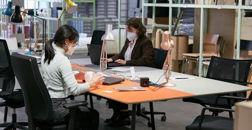 Startup Büro einrichten - so geht's flexibel, sinnvoll und schnell