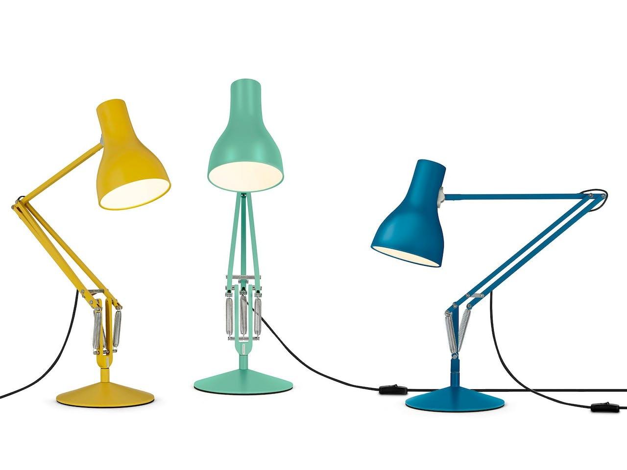 Arbeitsplatzleuchte L-1 Le Corbusier, inkl. Fuß, für Glühlampen bis 40 W, rouge rubia