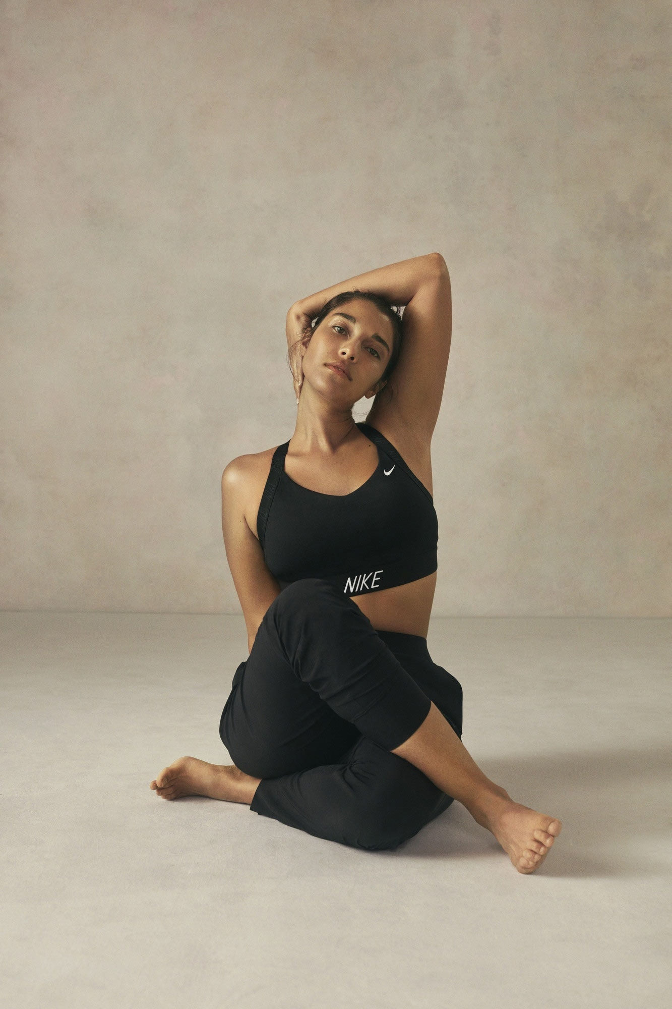 SportScheck_Nike_Pants_Studio_BLISS_1