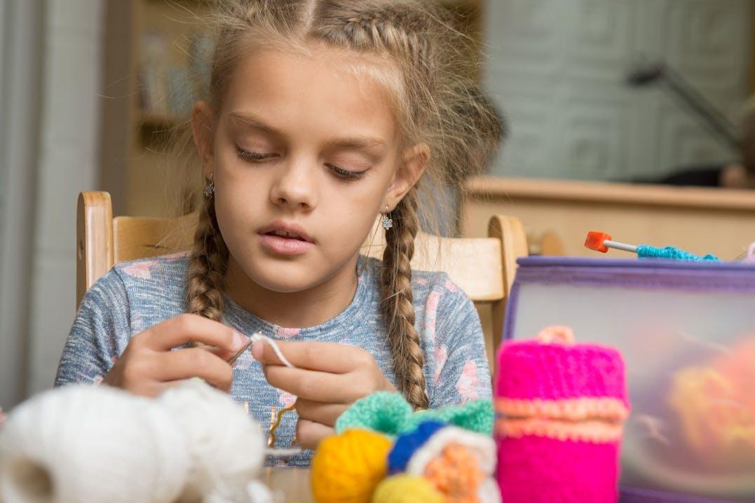 Handarbeit mit Kindern