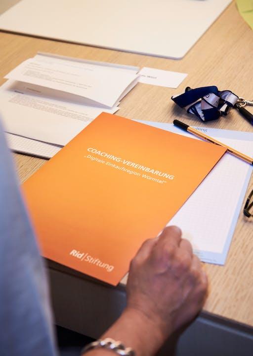 Die von den Würmtalgemeinden unterzeichnete Coaching-Vereinbarung.