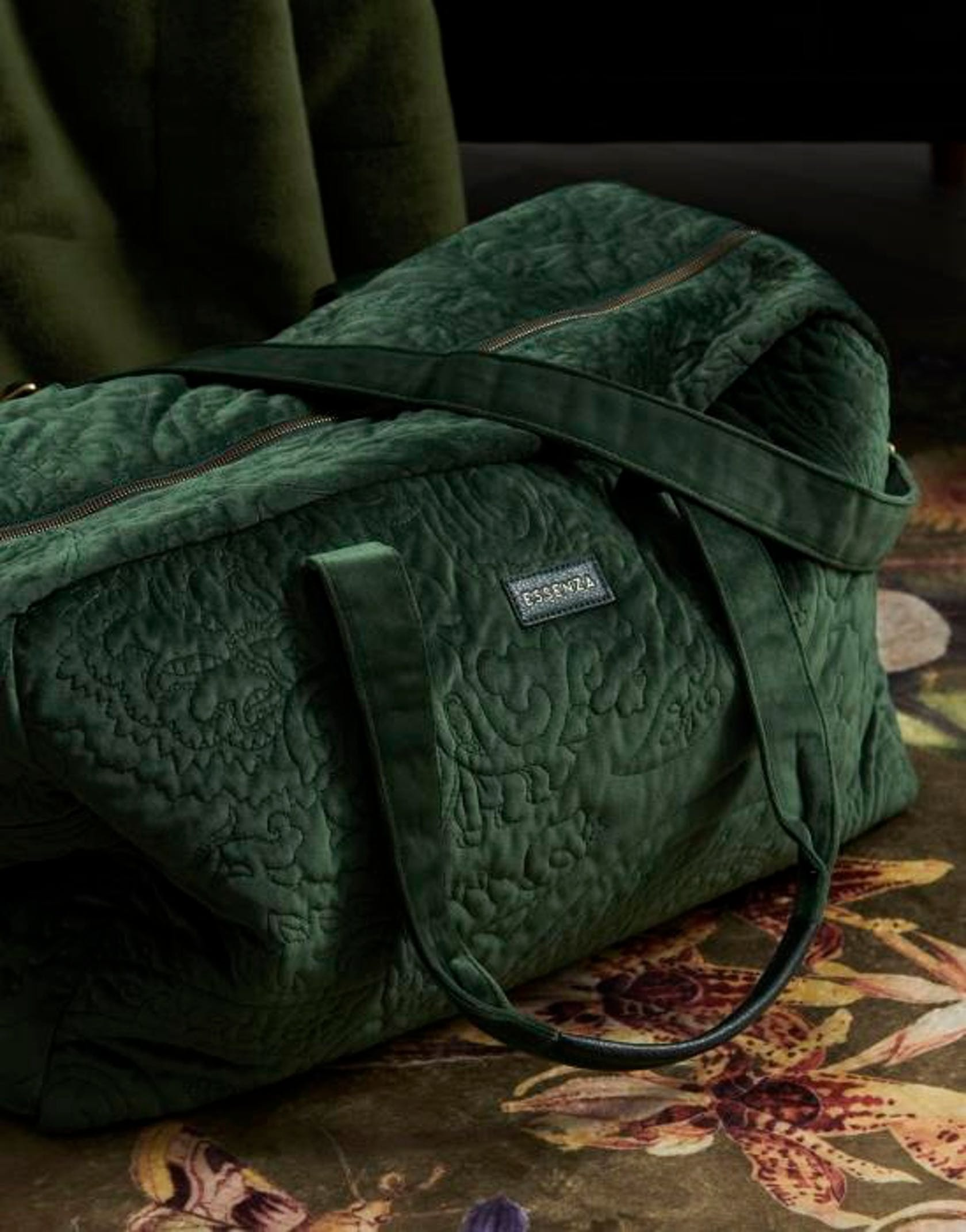 ESSENZA Pebbles Velvet Weekender bag Green