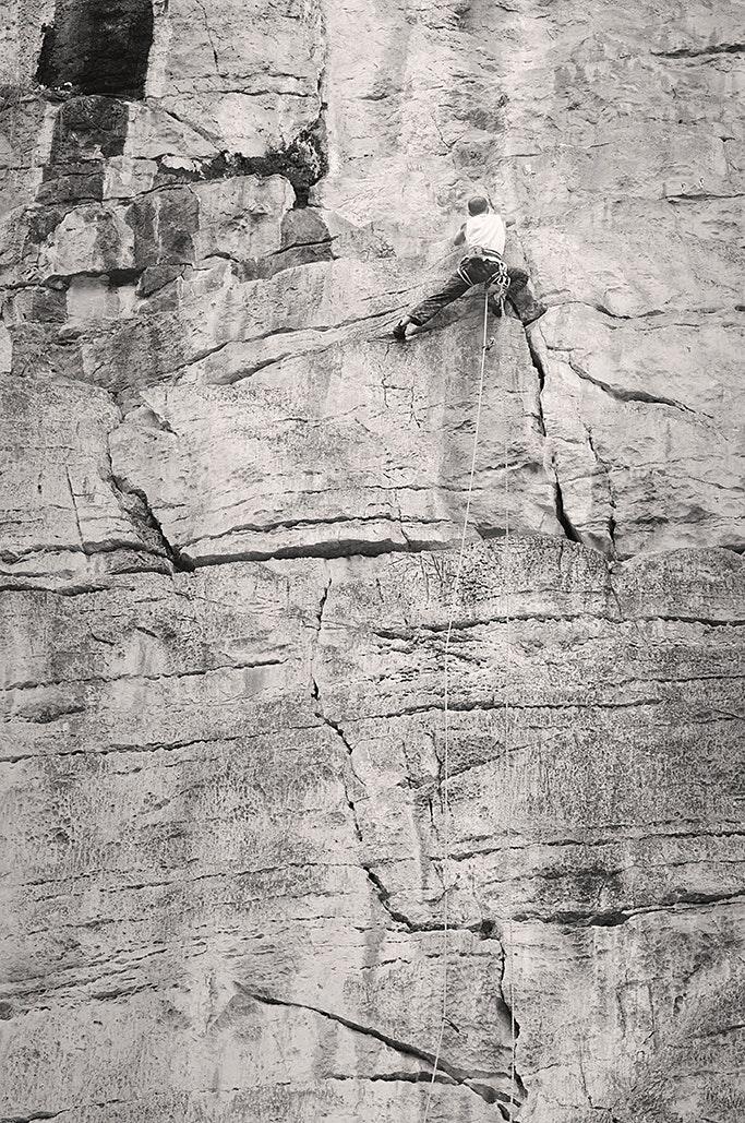 Der wasserzerfressene Kalk ist ein absoluter Klettertraum!