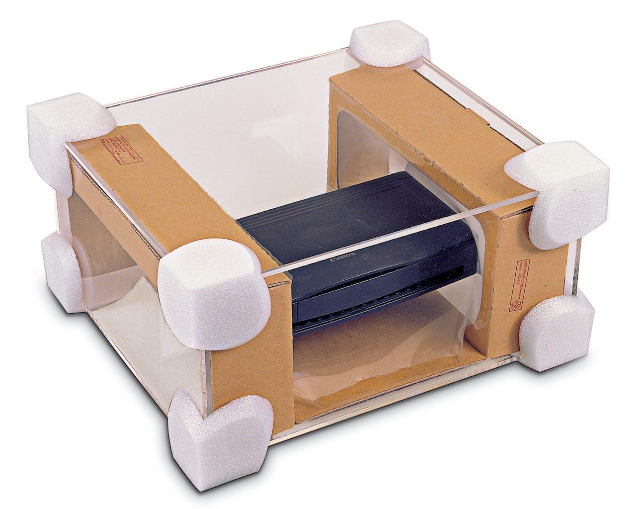 Kantenschutzecken aus Schaumstoff an Paket