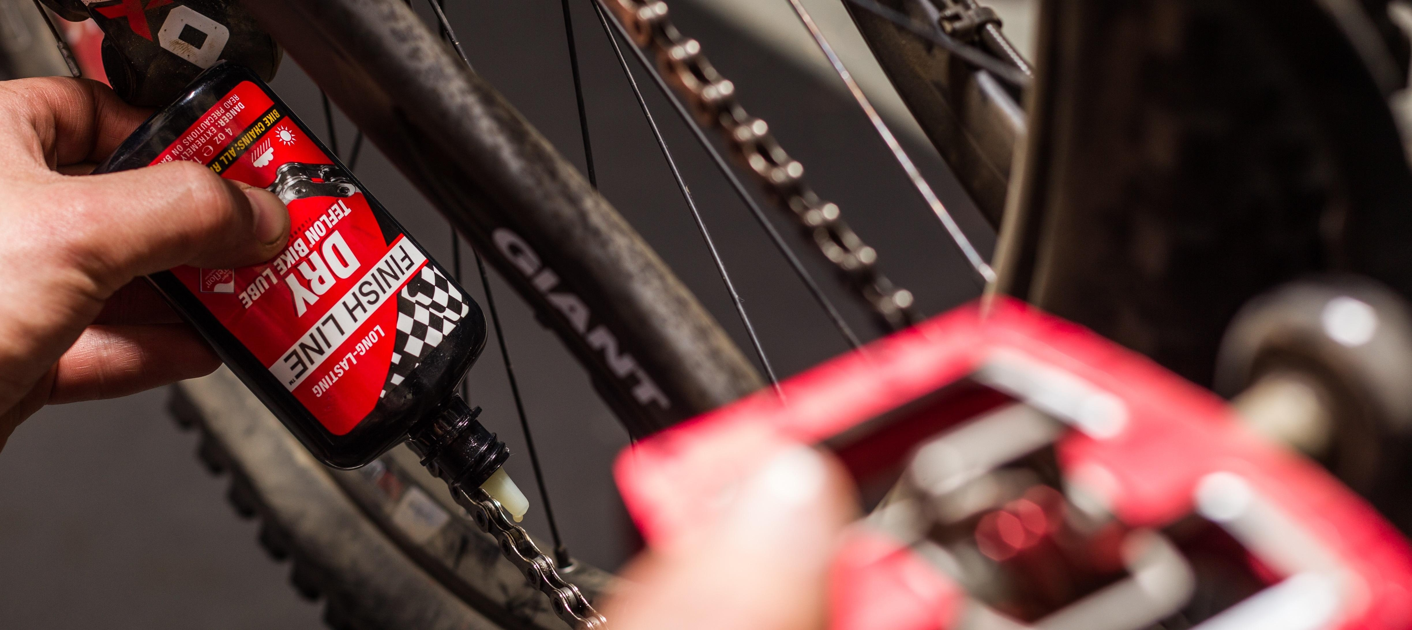 lubrificazione catena bicicletta