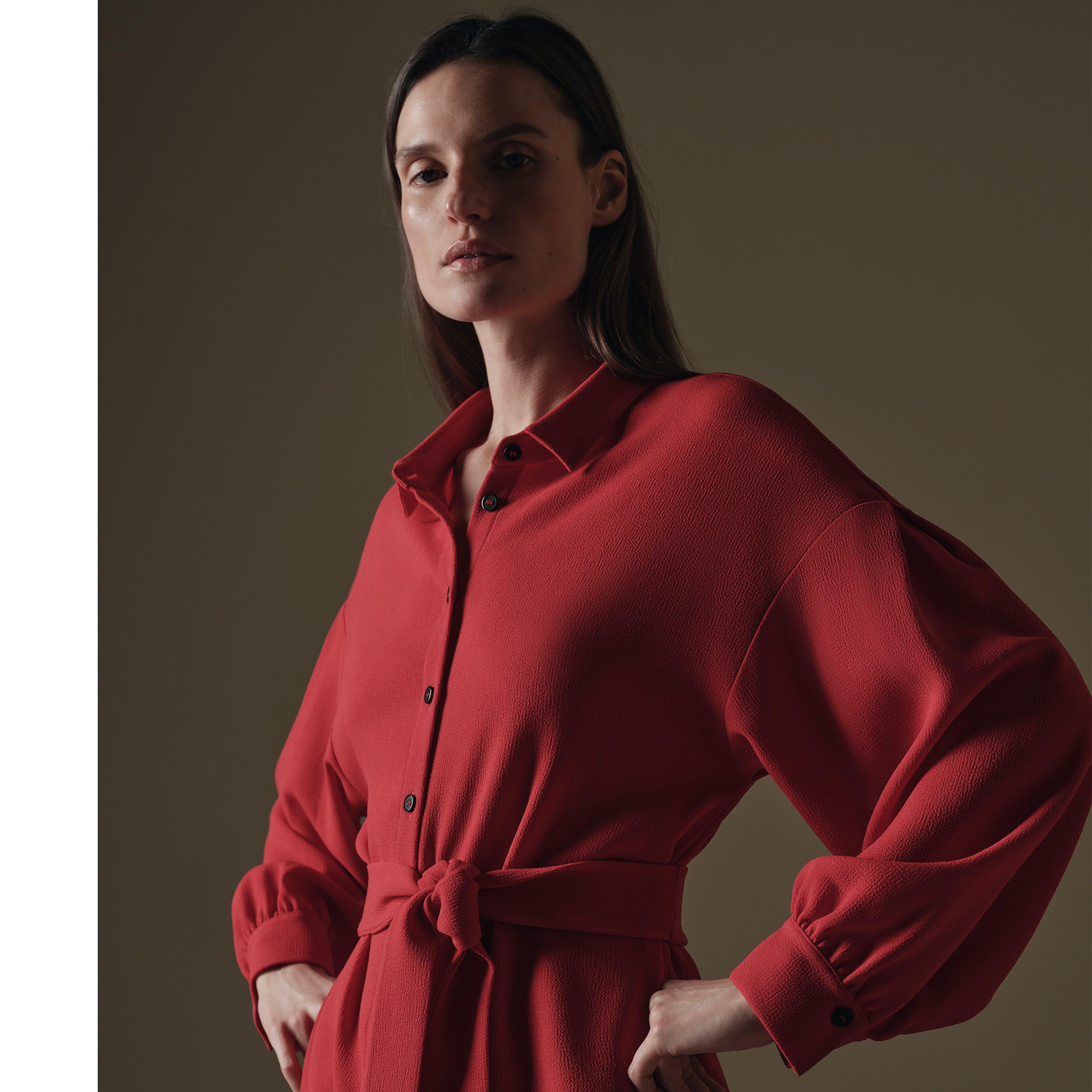Damen rotes Kleid