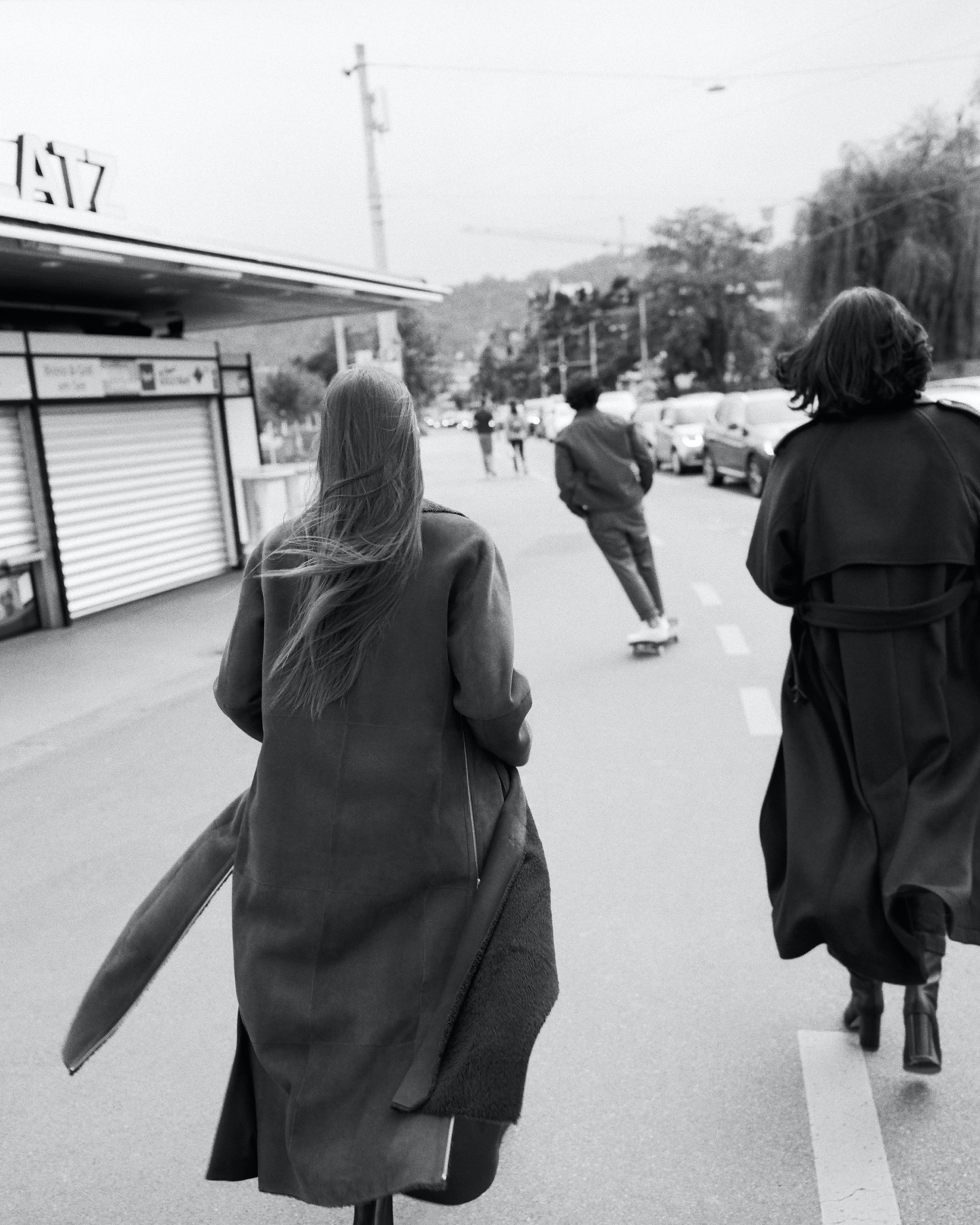 Damen schwarz weiss Mantel