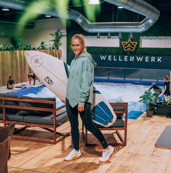 Surfen im Wellenwerk