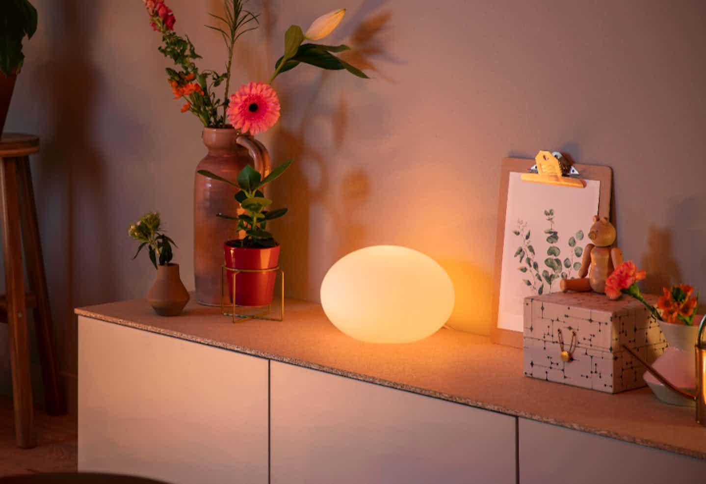 Philips Hue runde Lampe für Sideboard