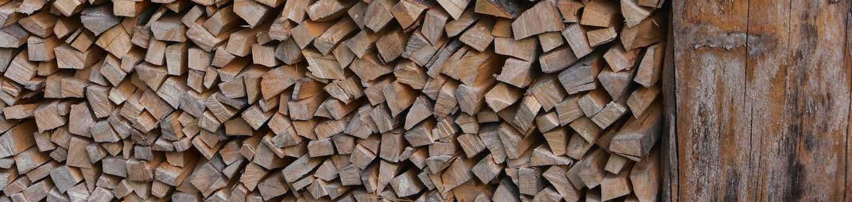 Feuerholz Lagerung Winter