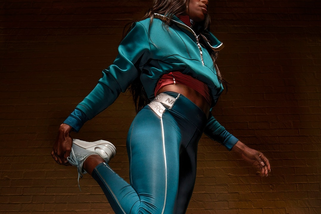 Nike Pro Outfit in petrol