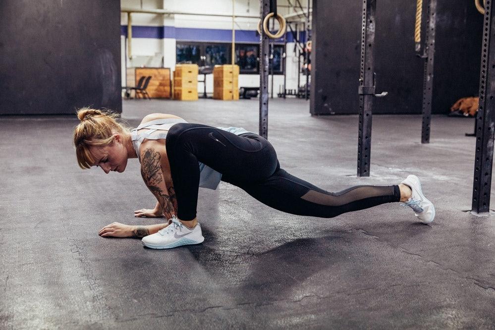 SportScheck_Nike_Pants_Studio_Liz_11