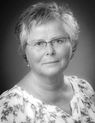 DR. SABINE BECKER-KLUNDER