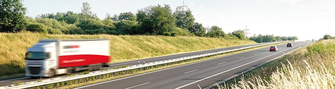 ratioform LKW auf Autobahn