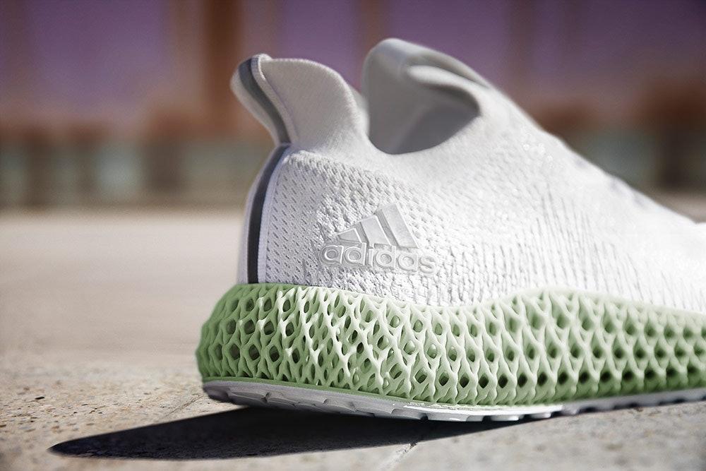 Die Sohle des adidas ALPHAEDGE 4D  ist mit digitaler Lichtsynthese gefertigt