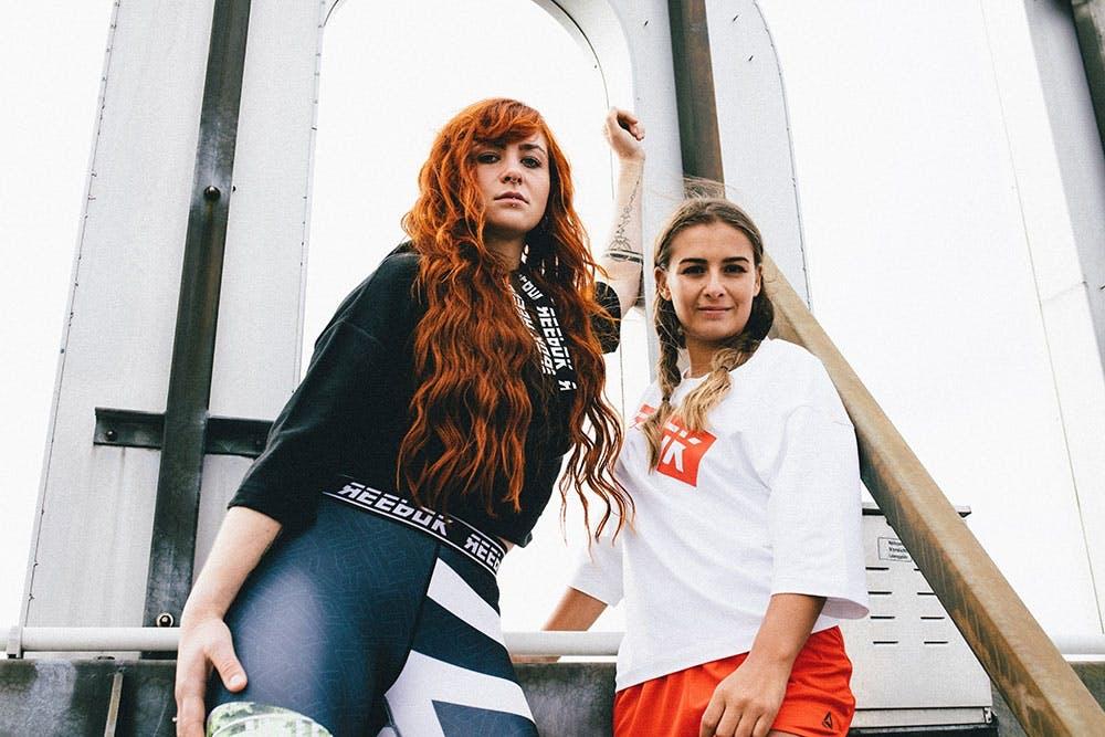 Sportliche Frauen in der neuen Reebok Kollektion