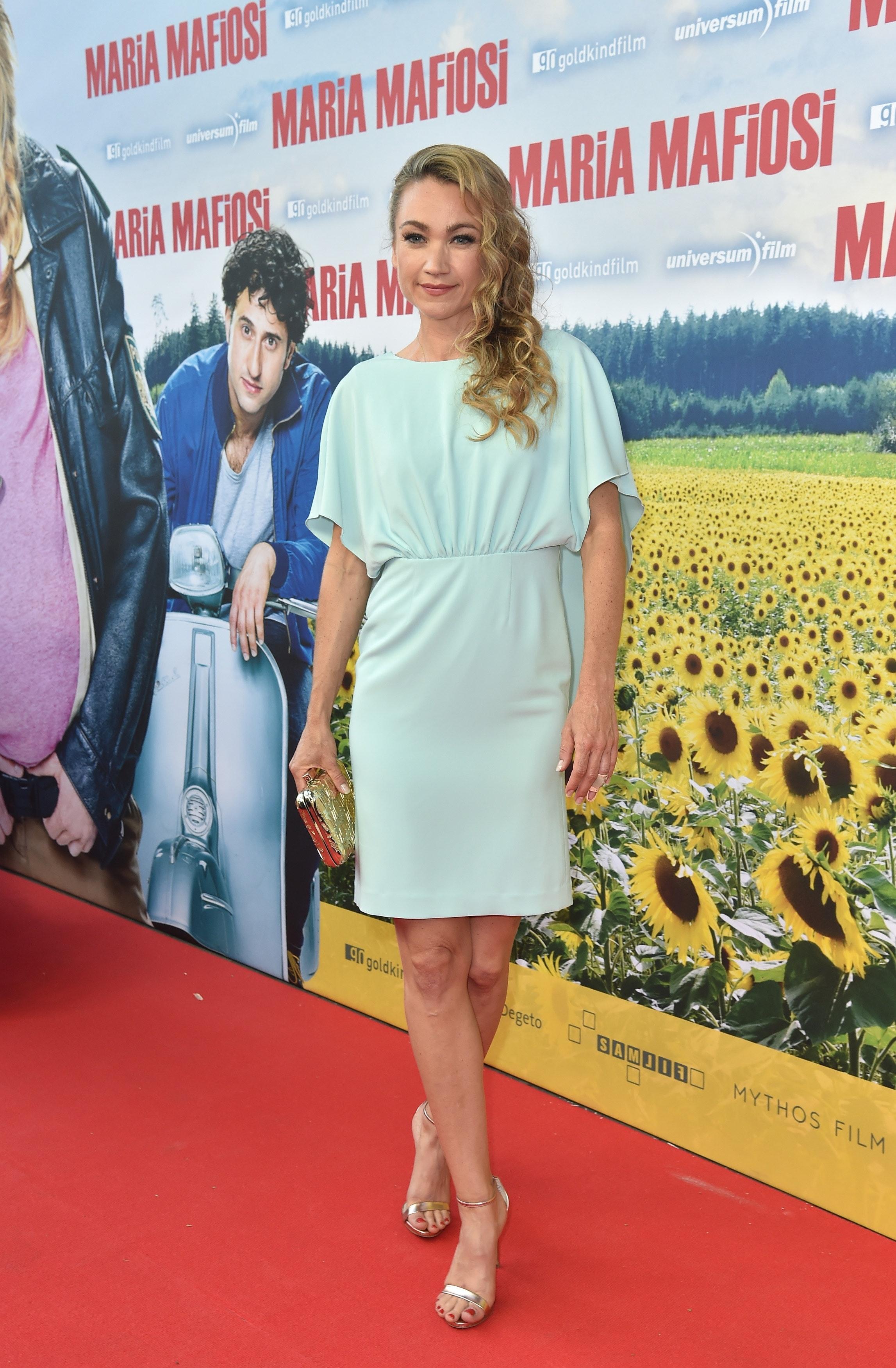 Für die Premiere des Filmes Maria Mafiosi wählte sie ein mintfarbenes Etuikleid