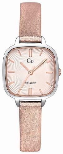 Cette montre GO GIRL ONLY se compose d'un boîtier Carré de 26 mm et d'un bracelet en Cuir Rose