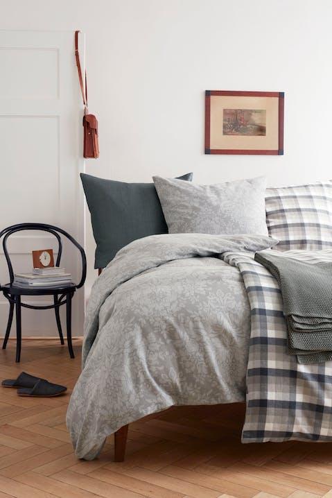 Flanell-Bettwäsche sorgt für wohlige Wärme im Bett.