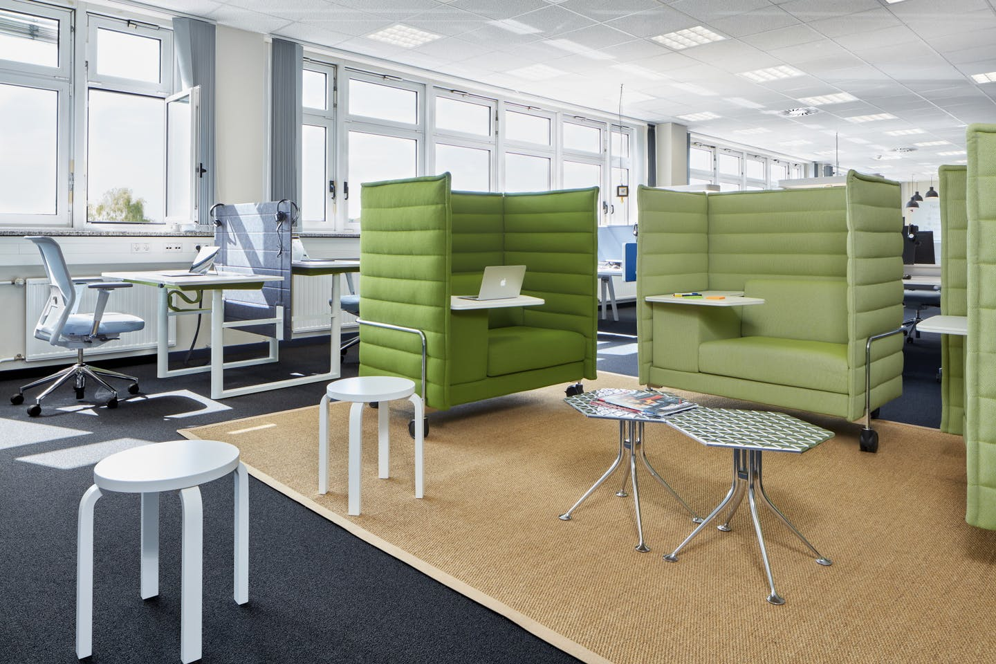 Secure office with work islands from Vitra