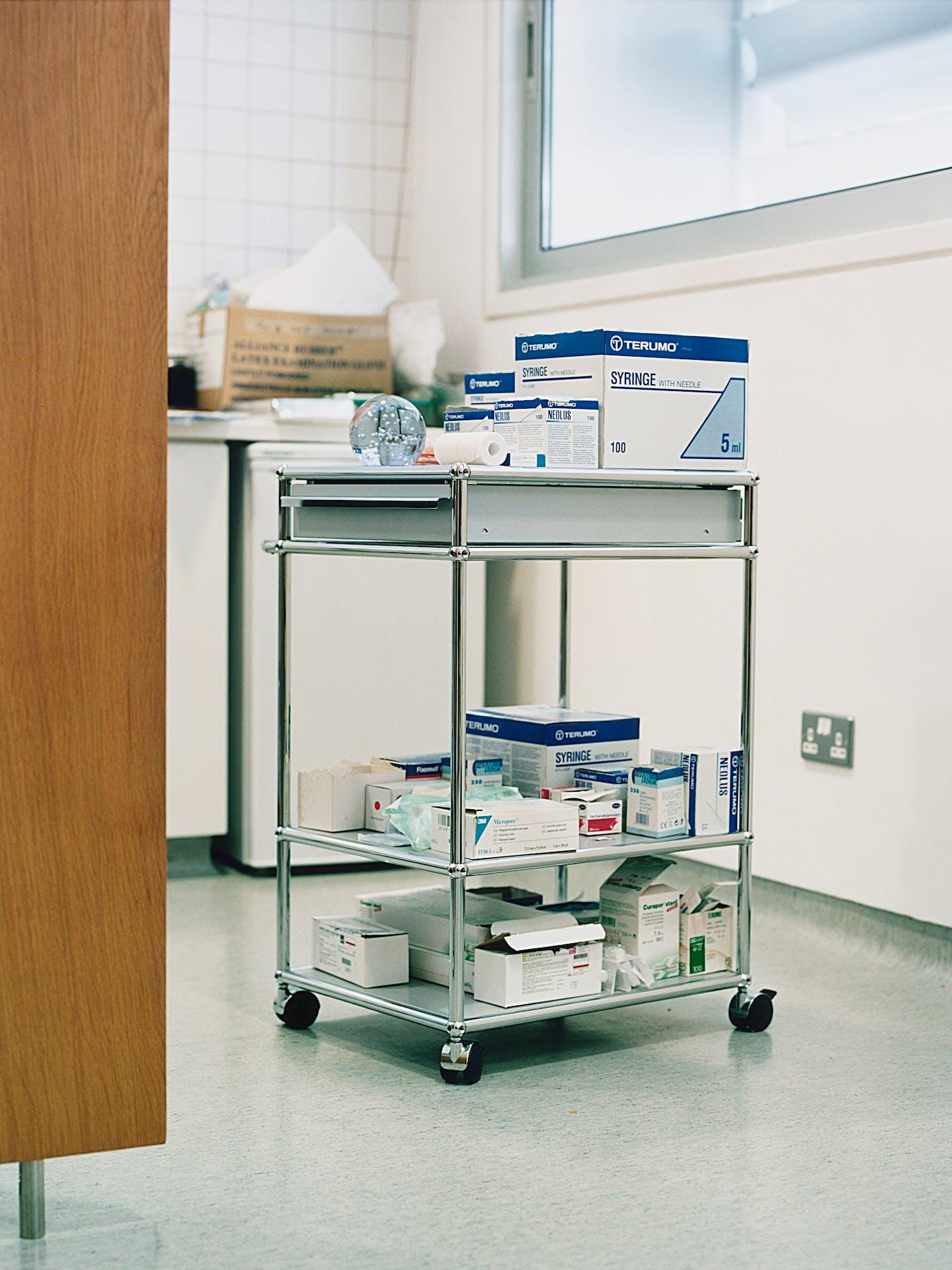 Chariot médical USM Haller