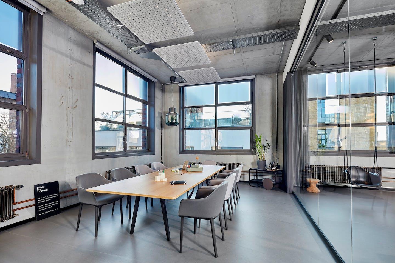 Meetingraum Club Office Herren der Schöpfung