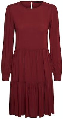 dunkelrotes Kleid mit langen Ärmeln von Vero Moda