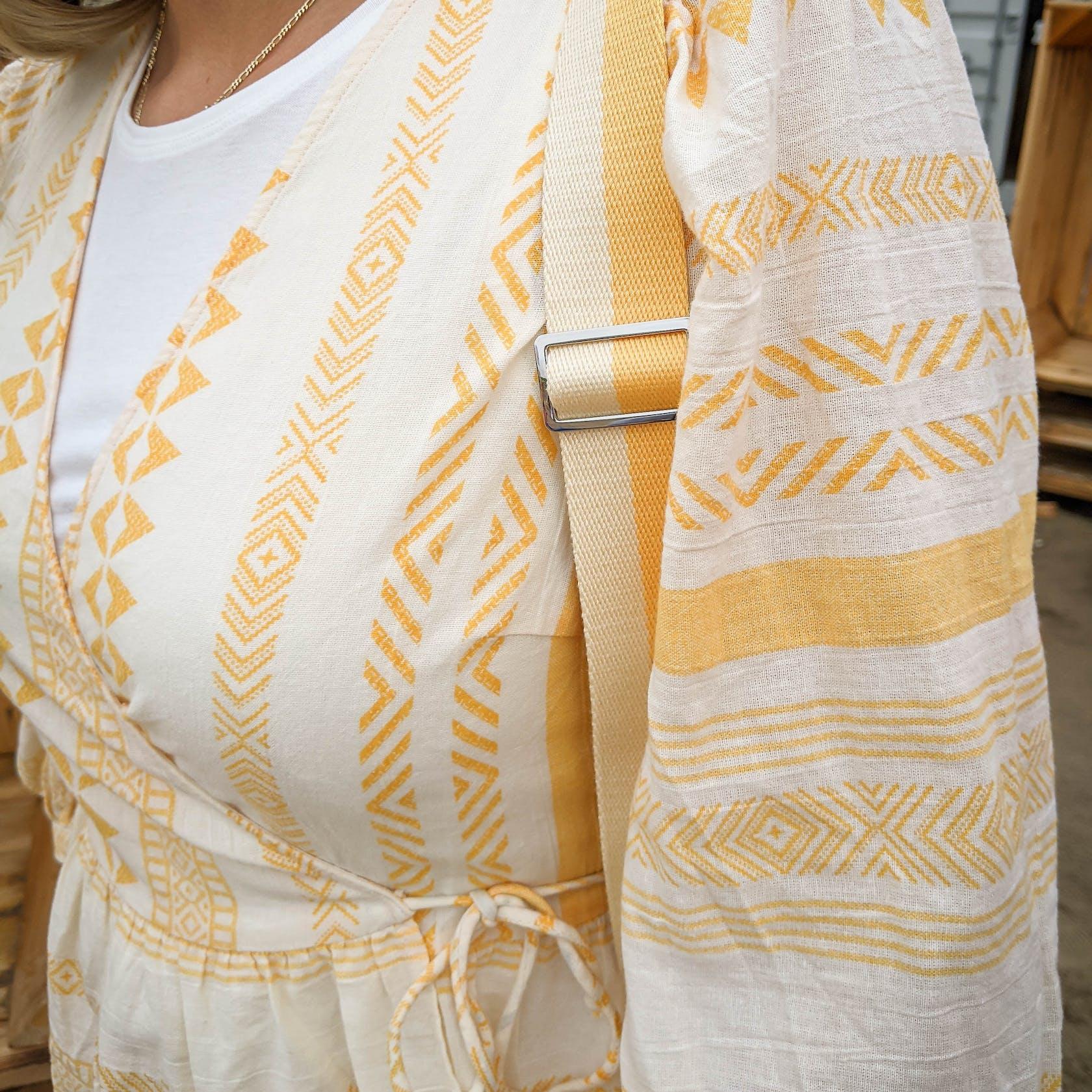 gelb-weiße Bluse von Vero Moda